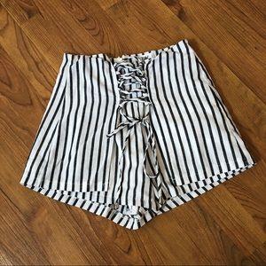Seek shorts